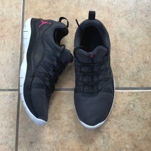 Jordan girl shoes